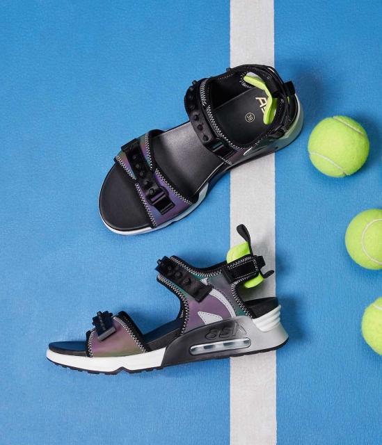 LIVELY系列拼接撞色小桶钉装饰气垫运动凉鞋