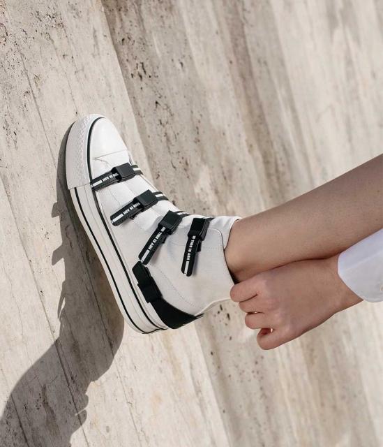 VIRGO系列金属拉链星星元素高帮加硫鞋帆布鞋